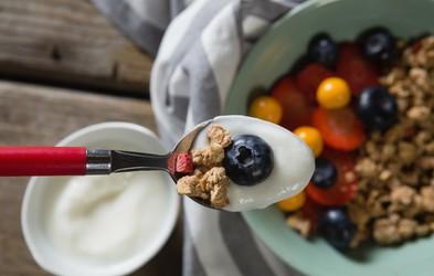 V Hollywoodu trenutno prisegajo na jogurtovo dieto