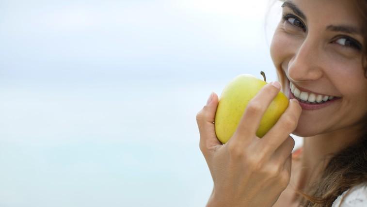 """""""Eno jabolko na dan, odžene zdravnika stran"""" - Mit ali  resnica? (foto: profimedia)"""