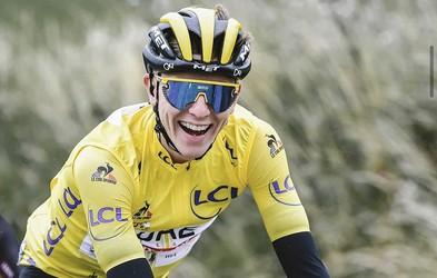 Tadej Pogačar po epskem boju zmagal brutalno težko etapo v Pirenejih. Prva zmaga v rumeni majici