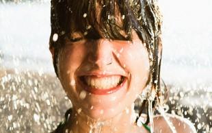 Poletna osvežitev obraza: uporabite ta trik za sijočo kožo (+ 3 dodatni recepti za boljši učinek)