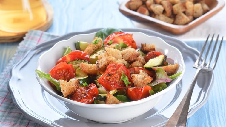 Najboljša poletna solata - Panzanella iz Toskane (foto: profimedia)