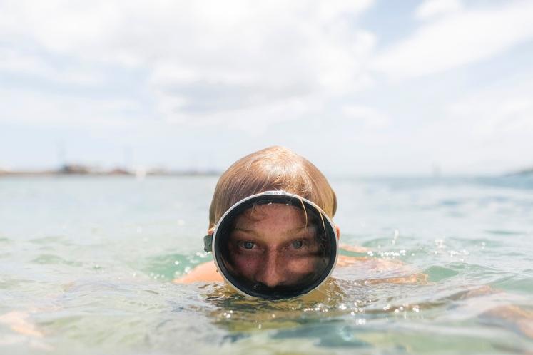 NAJ PLAVANJE ZAMENJAM ZA TREBUŠNJAKE? Plavanju se poleti težko izognete in je odličen šport za vroče temperature, saj ne čutite …