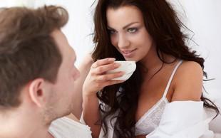 6 načinov, na katere lahko kava vpliva na spolno življenje