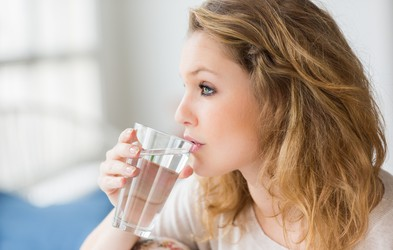 Zakaj spiti kozarec vode vsak dan?
