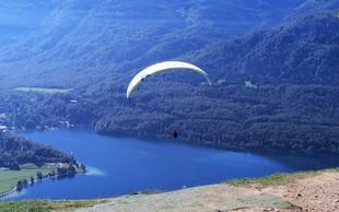 Vogar: najlepši razgled na Bohinjsko jezero, za 110 € pa lahko v tandemu odjadrate v dolino
