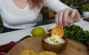 4 grde resnice o skrivnem prehranjevanju: kakšne stiske in težave doživljajo skrivni jedci?