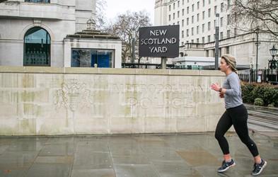 """""""Tečeš maratone, zakaj potem nisi bolj suha?"""" (izpoved tekačice)"""