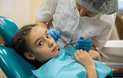 """""""Fobija pred zobozdravnikom se razvije tako, da se začete zobozdravnika izogibati!"""""""