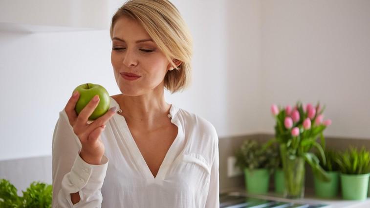 Zakaj jabolk ni dobro jesti po 18. uri (foto: Profimedia)